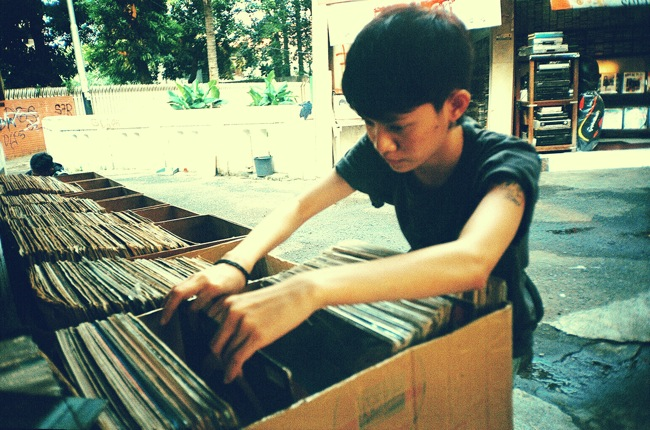 youth-crate-digger