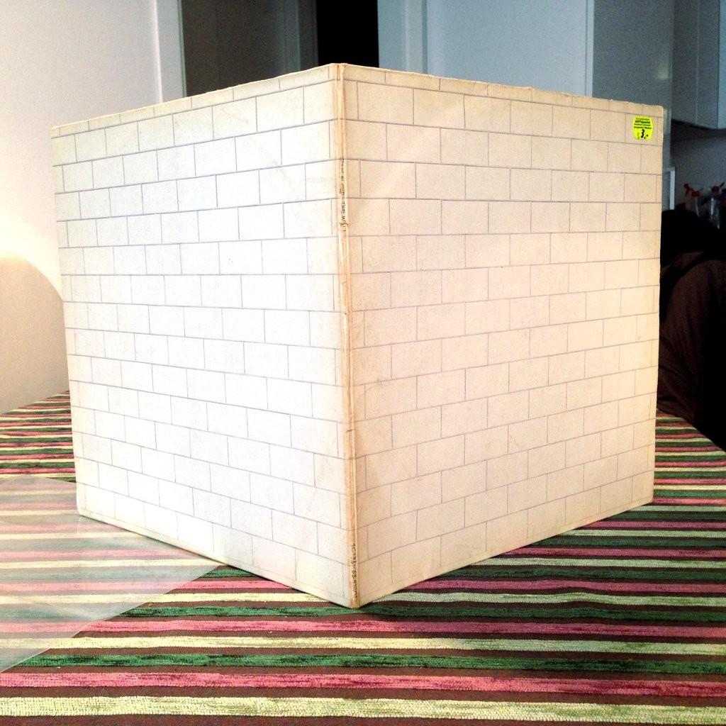 Wall dorso white Album Beatles Pink Floyd