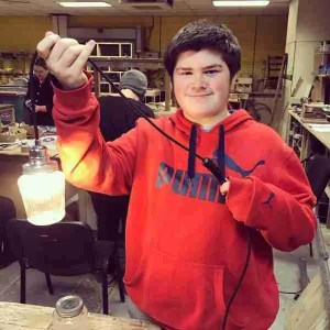 making jam jar lamps