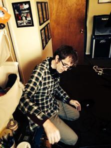 2014-12-07 Recording - Henning messes with a headphone amp