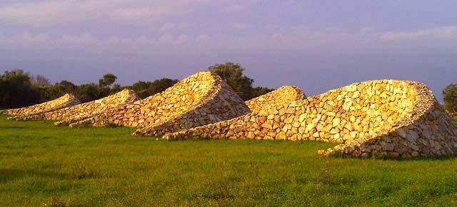 In Puglia muretti a secco contro la desertificazione e l