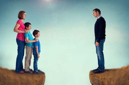 Il minore va collocato presso la madre se il padre aspetta un altro figlio