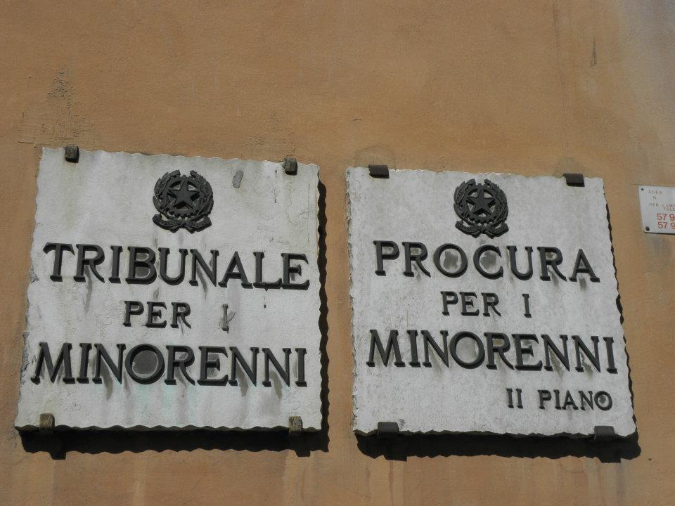 La soppressione del Tribunale dei Minorenni