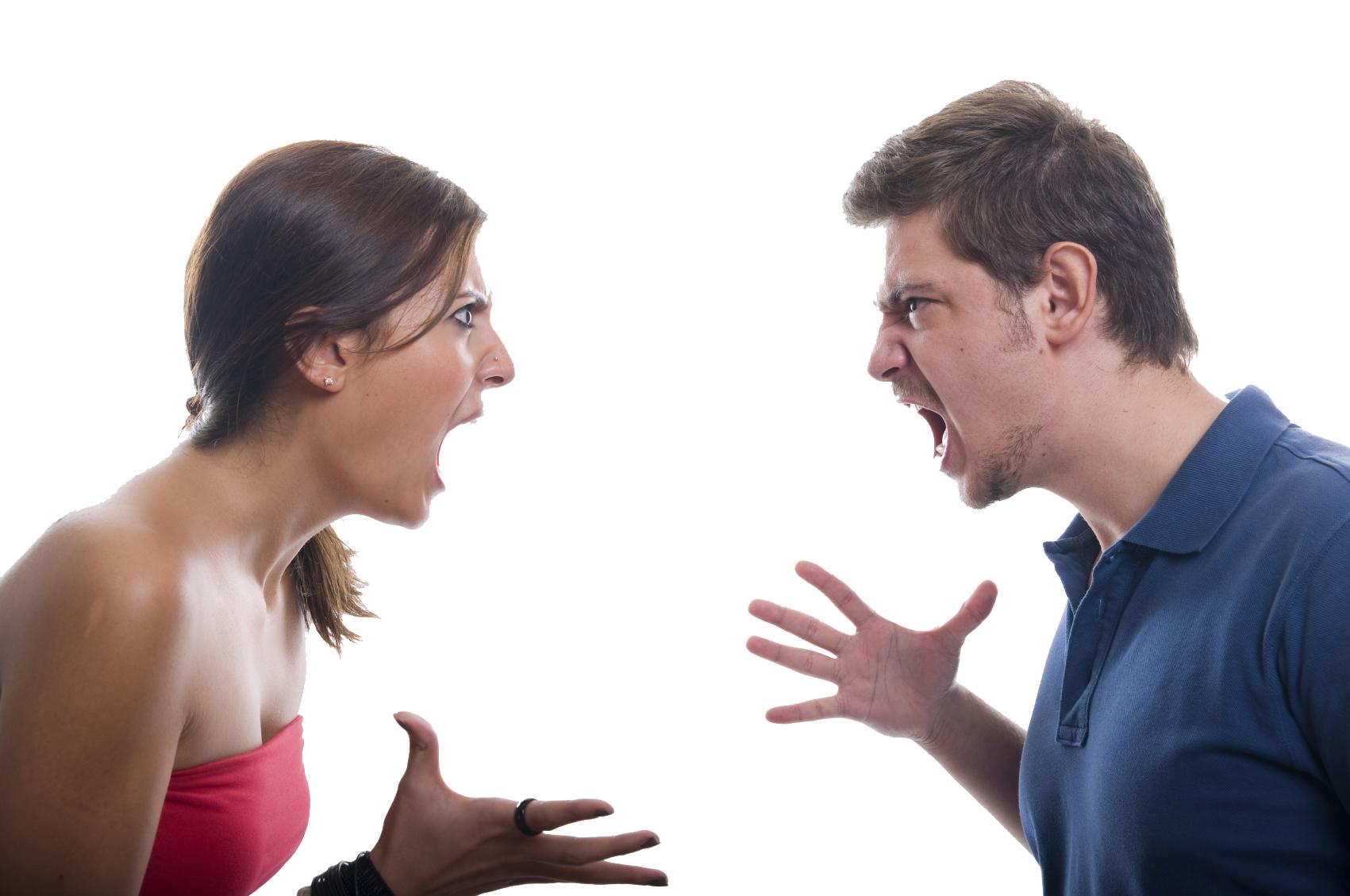 Non è diffamazione insultare, per difesa, l'ex marito dinanzi al giudice