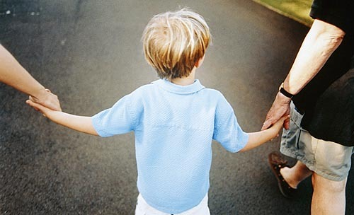 Trasferimento di residenza del figlio minore in caso di disgregazione del nucleo familiare: è necessario il consenso dell'altro genitore?