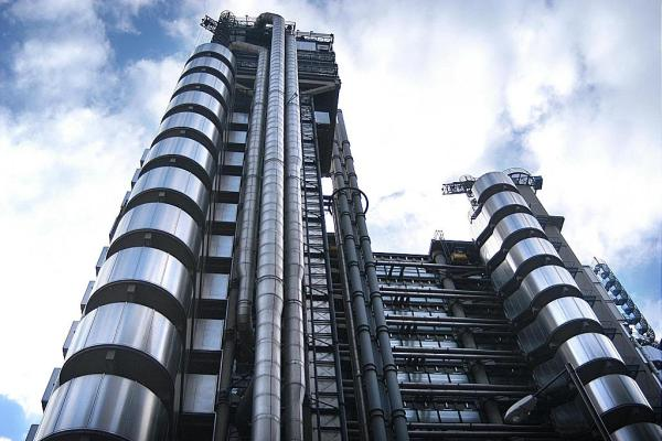 Imputabilità a unico centro decisionale delle offerte dei Syndacates dei Lloyd's di Londra?