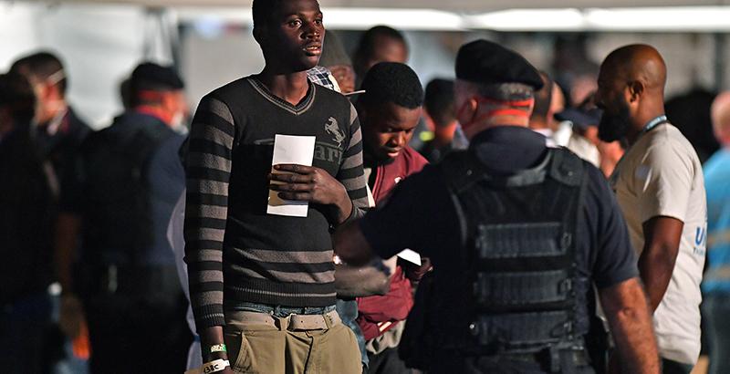 Immigrazione e protezione umanitaria: l'applicazione retroattiva del d.l. 113/2018 causa disparità di trattamento?