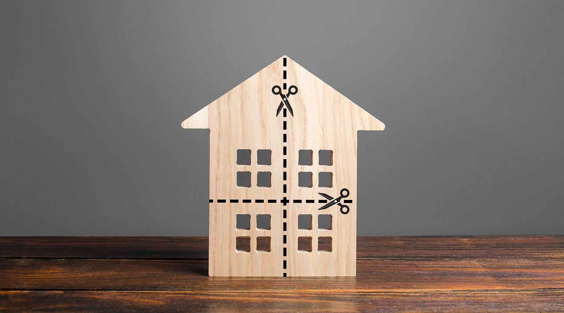 Piccolo condominio: applicabilità della normativa generale e informazione agli altri condomini circa il cambio di proprietà di un immobile
