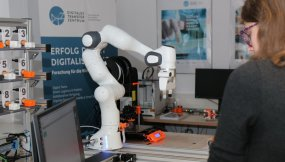 mint-labs-sci-salzburg-research-kollaborativer-roboter-08
