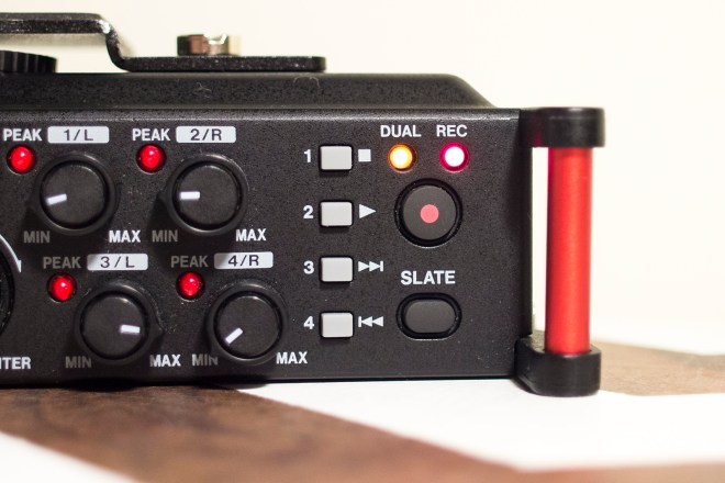 Tascam DR-70D slate button