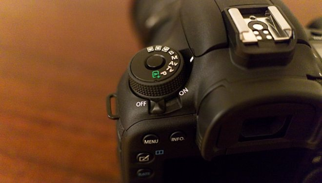 Hands-on Review of the Canon 7D Mark II – Sam Mallery