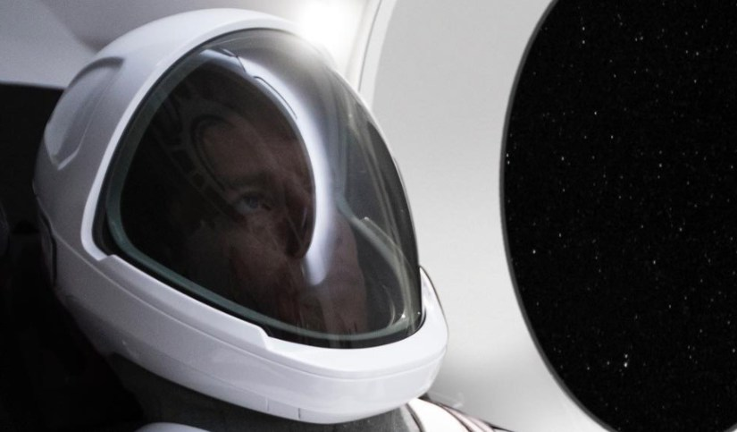 The first view of the SpaceX Space Suit, August 2017