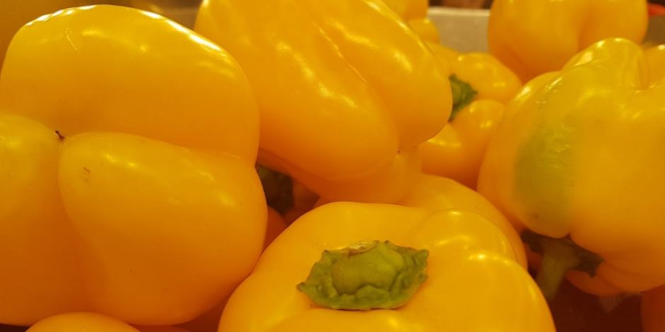 Yellow-Peppers-min Your Next Israeli Movie Night!