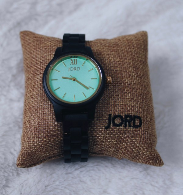 Frankie 35 Dark Sandalwood and Mint JORD wooden watch