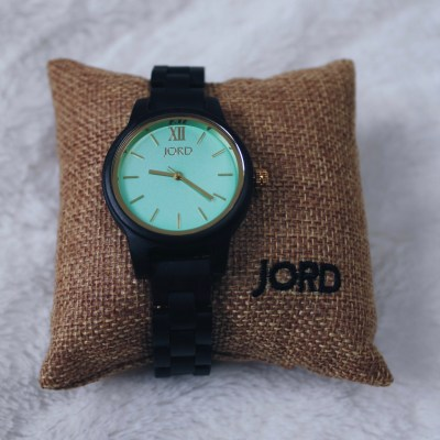 Wooden Watch: A Timeless Gift