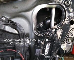 Door lock actuator: problems, testing, replacement