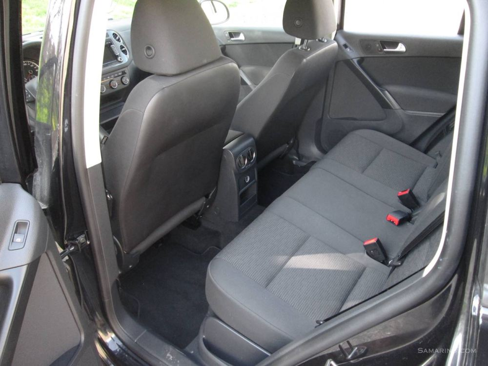 medium resolution of 2015 vw tiguan rear seat