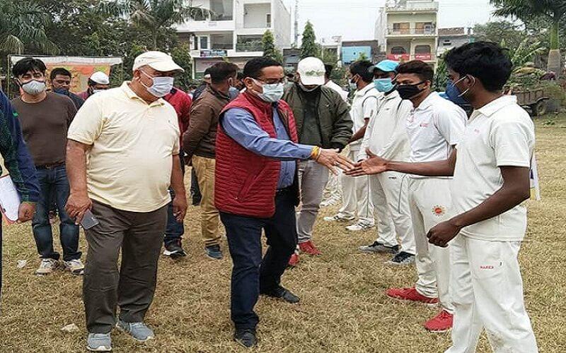 Banda City Magistrate inaugurates cricket trial