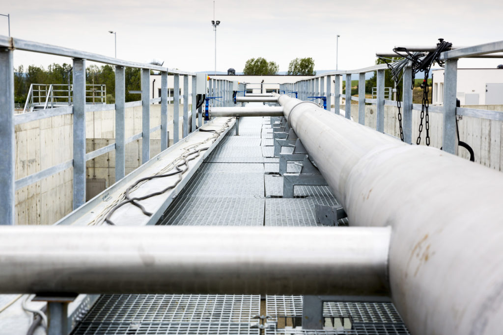 Do Industrial Facilities Need to Remove Silica from Feed Water and Effluent?