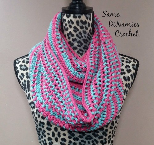 Candy Stripes Cowl Free Crochet Pattern