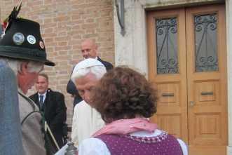 kl-kl-Nussbaum-Papst