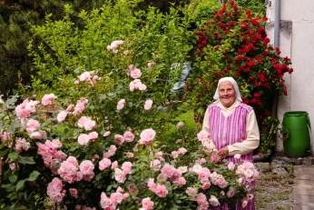 Rosengarten mit Fraun