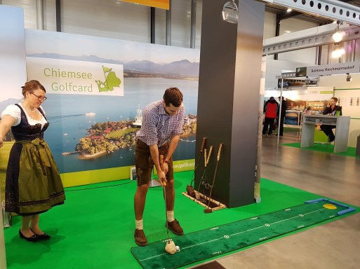 CMT_Golf_Stand_small