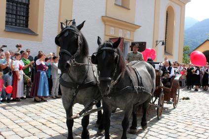 K1600_Aschau verabschiedet Klosterschwestern_Foto H. Reiter (18)