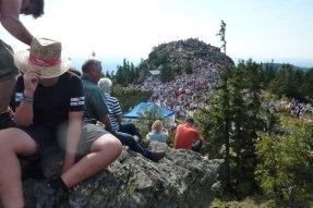 Der Arber ist am Festtag von tausenden von Gläubigen bevölkert.