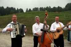 kl-1Dorfstraßenmusikanten