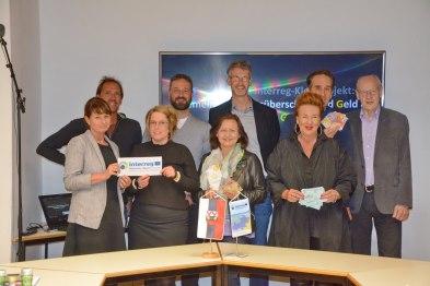 Gruppenfoto5G_Pressetermin_Interreg_Woergl