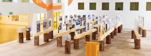 Der 4. Rosenheimer Holzbvaupreis 2016 im Foyer der Technischen Hochschule Rosenheim Foto: Stefan Guggenbichler