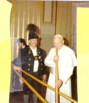 1Wörndl-Papst hoch 2