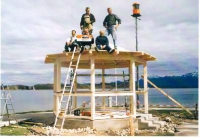 1mit Pavillon mit Arbeitern