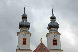 kl-Kirche Aschau1_Foto H. Reiter