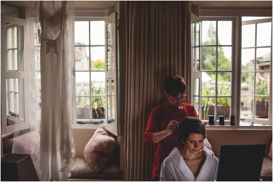 documentary-wedding-photography-barnsley-house