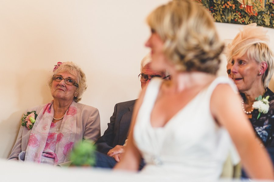 wedding photography muddifords court