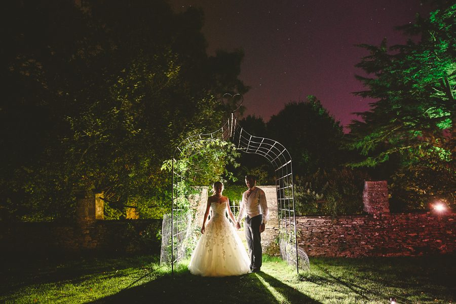 reportage wedding photography by sam gibson