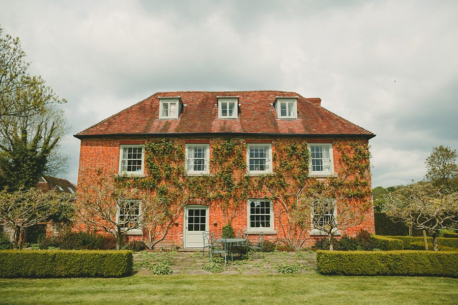 church farm wedding in hampshire