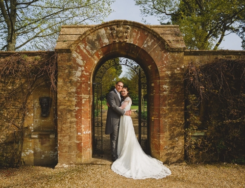 athelhampton wedding photography – lucy and chris preview