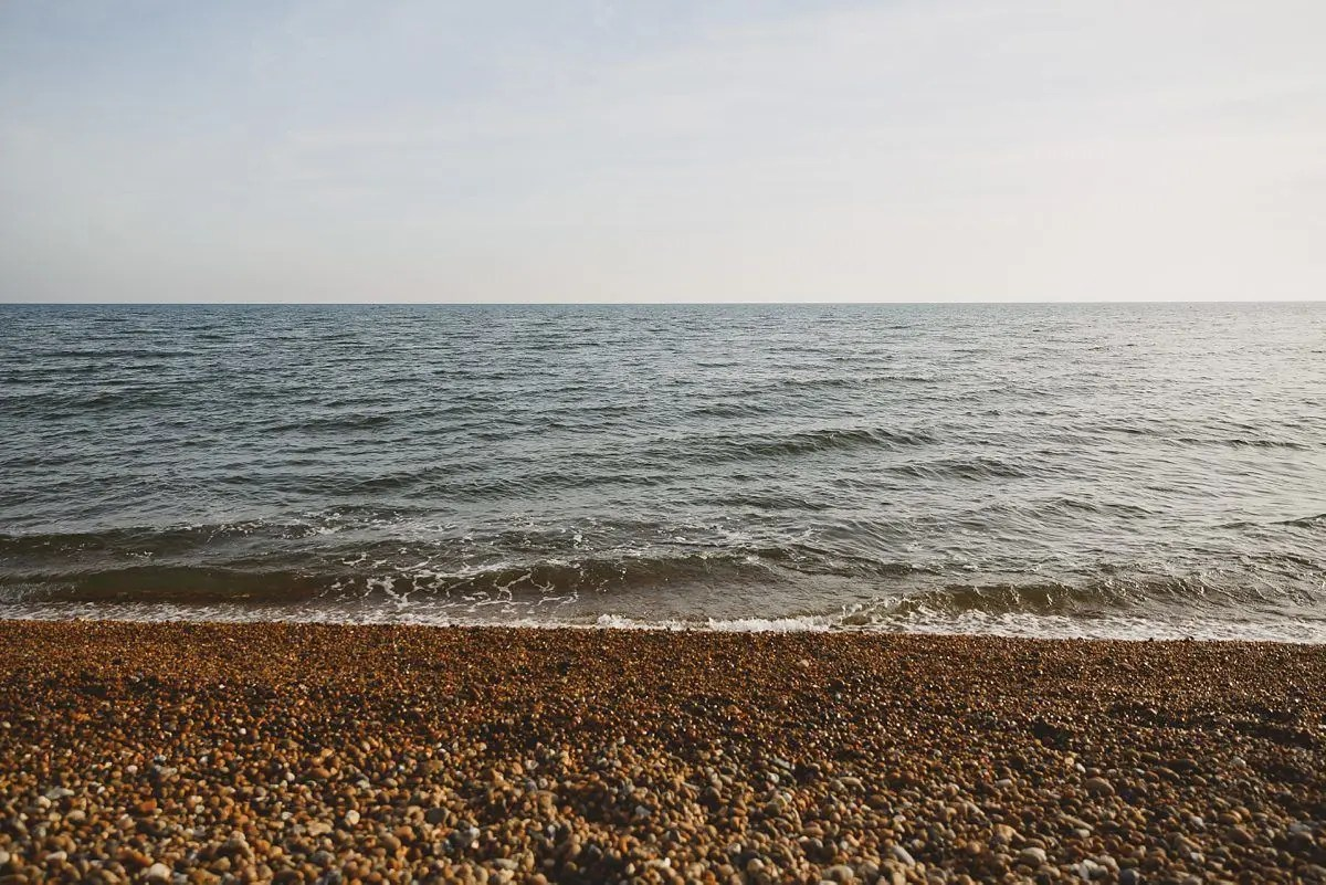 chesil-beach-engagement-photos-015
