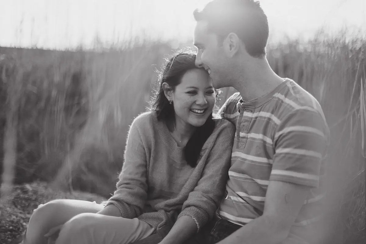 chesil-beach-engagement-photos-020
