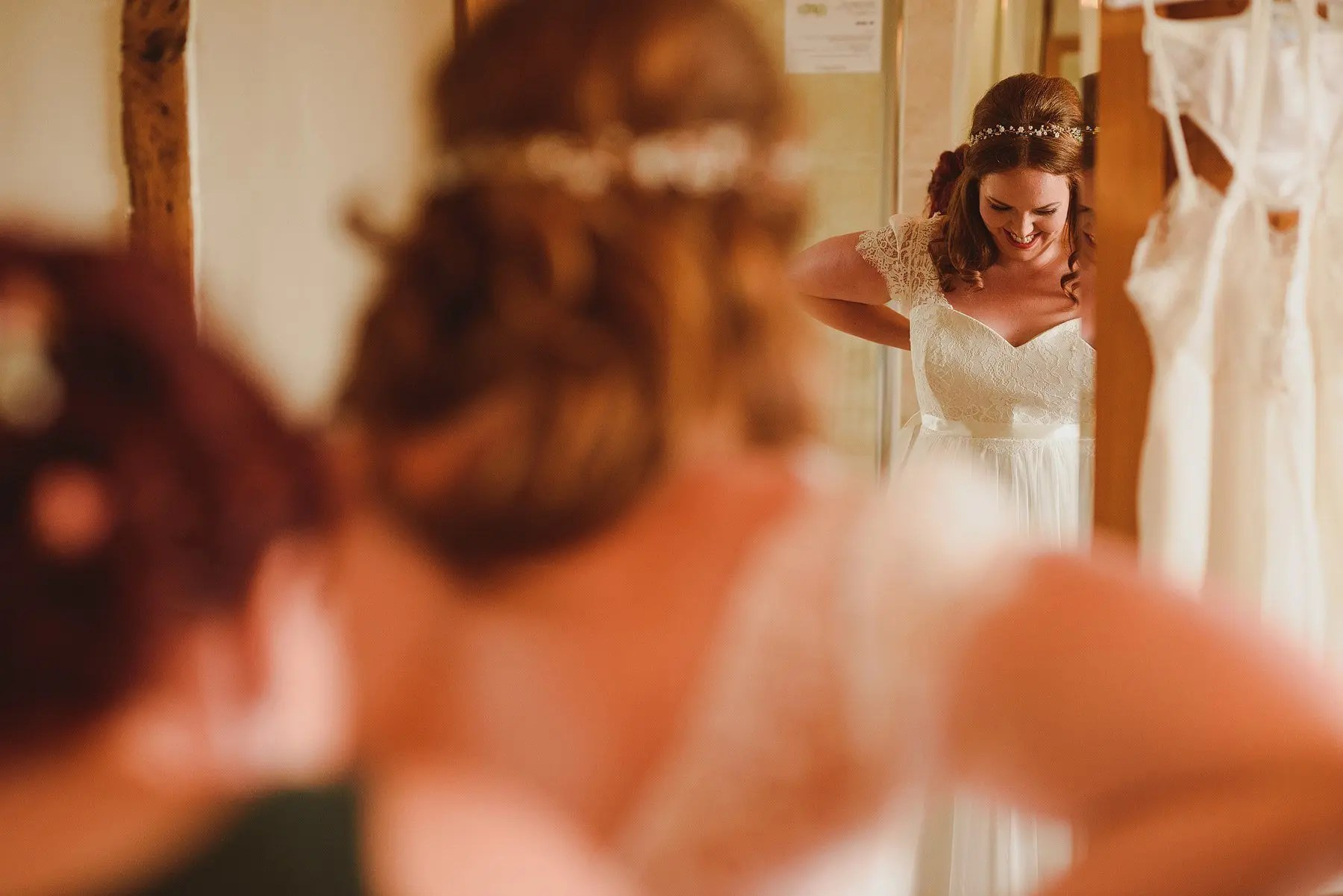 bride getting ready at huntstile