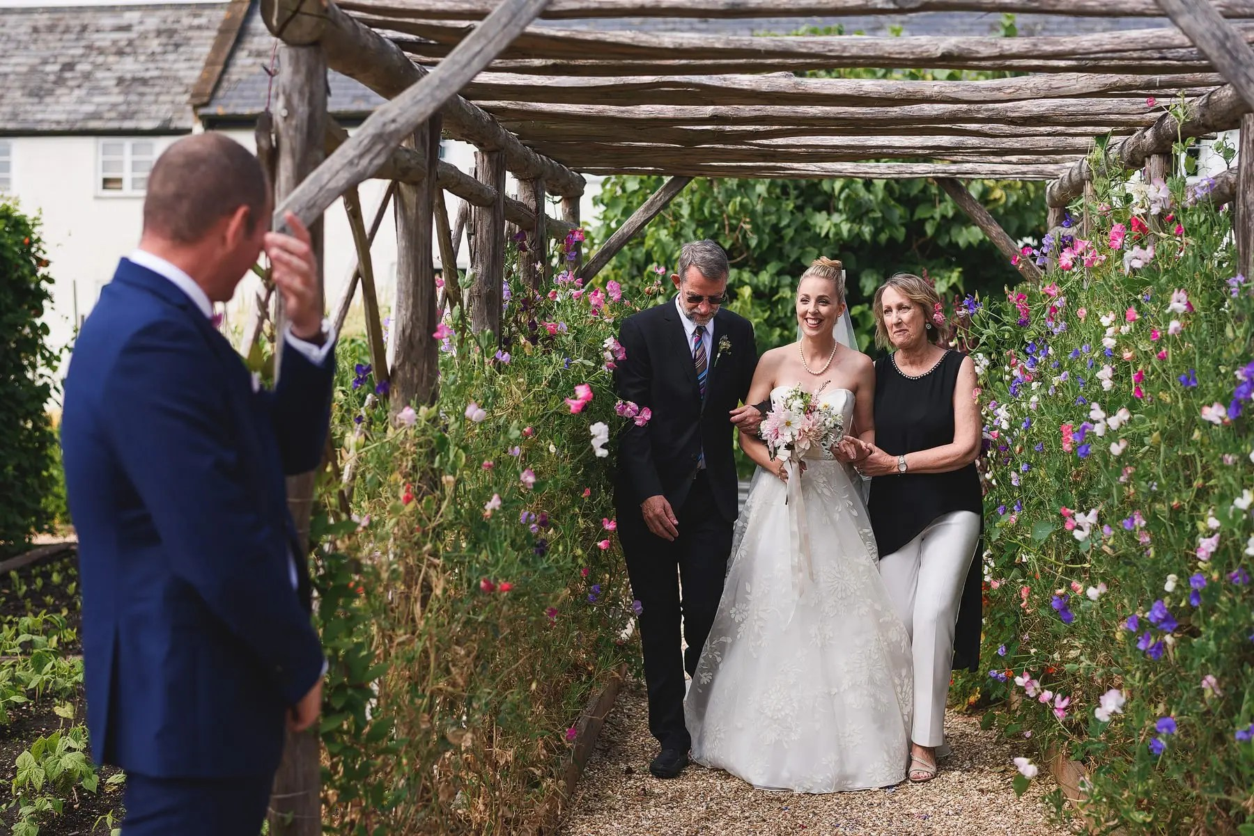 best river cottage wedding photogrpahers