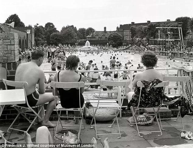 Twickenham Lido 1950s