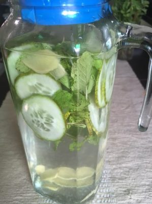 Flavoured Water/ Detox Water/ Flat Tummy Water