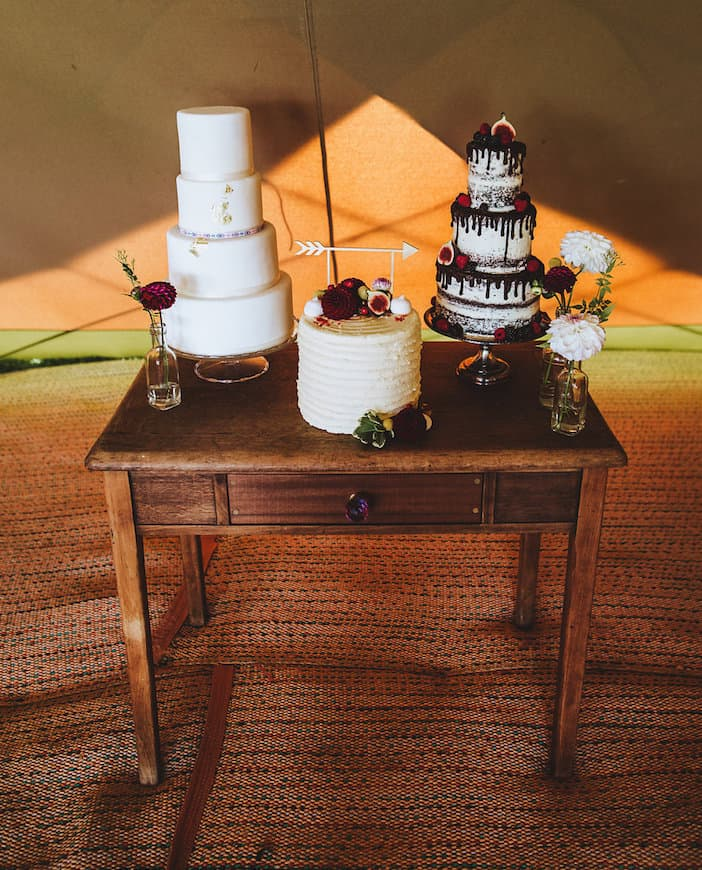 Cake Table by Sami Tipi