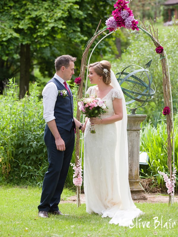 Outdoor Wedding Ceremony - Sami Tipi Wedding captured by Clive Blair