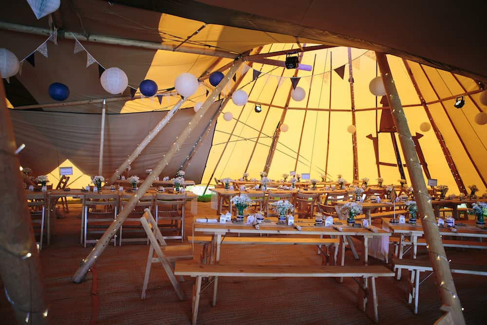 Katherine & Jack Sami Tipi Wedding Captured by Kathryn Edwards 00014