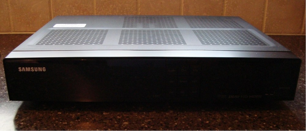 medium resolution of taking a look inside the samsung smt h3270 dvr